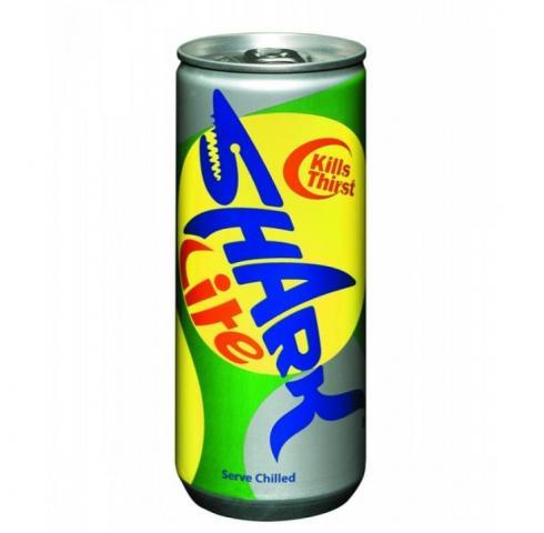 енергийна напитка Шарк 250мл Лайт