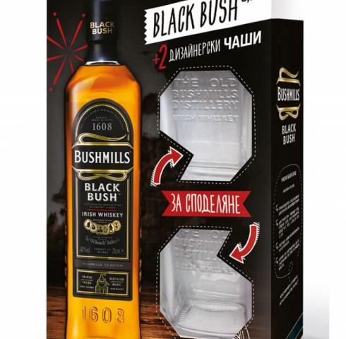 уиски Блек Буш 700мл с две чаши пакет  p1