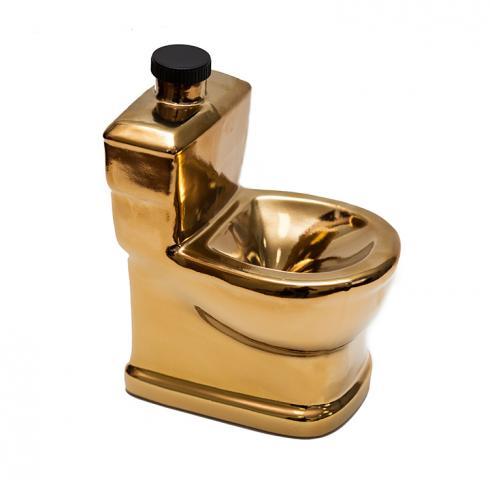 Водка Керамика Златна Тоалетна 500мл