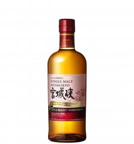 Уиски НИККА МИЯГИКИО Аpple Brandy Wood Finish кутия 700мл