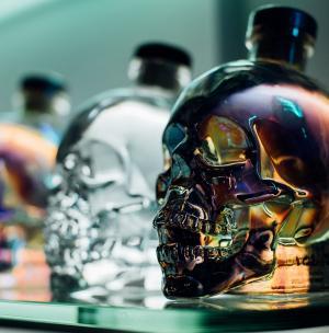 Кристален череп