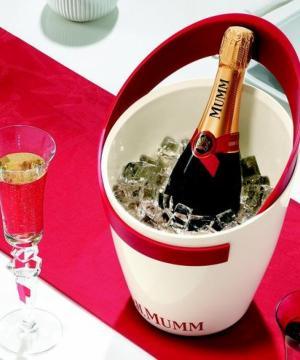 Mumm Cordon Rouge-официалното шампанско на Формула 1