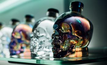 водка Кристален череп - топ цени - Онлайн магазин за алкохол Ноков и Син