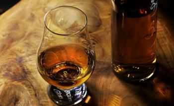 БЪРБЪН - топ цени - Онлайн магазин за алкохол Ноков и Син