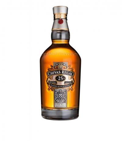 уиски Чивъс Регал 700мл 25г