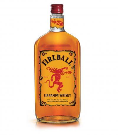 канадско уиски Файърбол 700мл