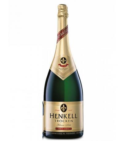 пенливо вино Хенкел 1,5л Драй Сек Магнум