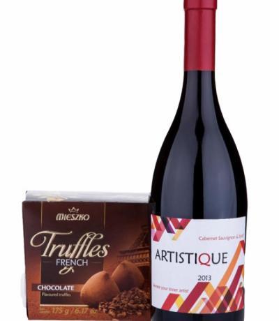 Вино Артистик 750мл Каберне Совиньон и Сира с подарък кутия Трюфели